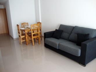 salon_3-apartamentos-peniscola-centro-3000-sin-piscinapeniscola-costa-azahar.jpg