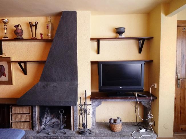 salon_13-apartamentos-formigal-3000formigal-pirineo-aragones.jpg