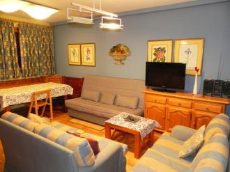 salon-apartamentos-formigal-3000-formigal-pirineo-aragones.jpg