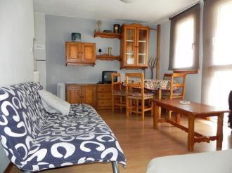 salon_4-apartamentos-formigal-3000formigal-pirineo-aragones.jpg