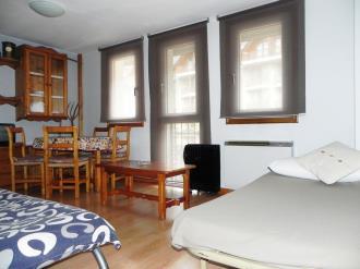 salon_5-apartamentos-formigal-3000formigal-pirineo-aragones.jpg