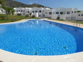 piscina_3-apartamentos-font-nova-3000peniscola-costa-azahar.jpg