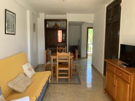 salon-comedor-2-apartamentos-marino-las-fuentes-3000-alcoceber-costa-azahar.jpg