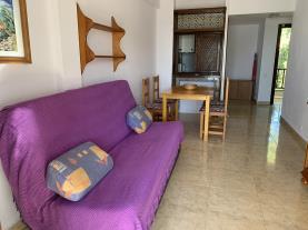 salon-comedor-4-apartamentos-marino-las-fuentes-3000-alcoceber-costa-azahar.jpg