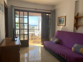 salon-comedor-5-apartamentos-marino-las-fuentes-3000-alcoceber-costa-azahar.jpg