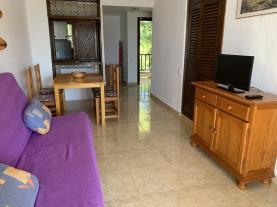 salon-comedor-6-apartamentos-marino-las-fuentes-3000-alcoceber-costa-azahar.jpg
