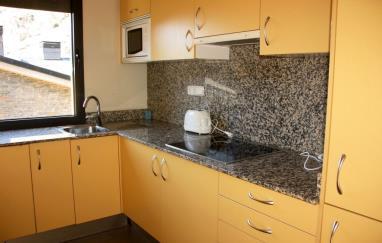Cocina Andorra Estación Grandvalira Tarter, el Apartamentos La Mercería 3000