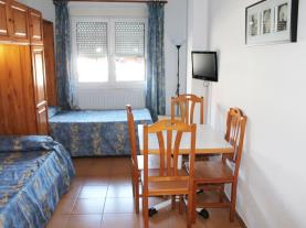 Dormitorio2-Apartamentos-Cims-Pas-3000-PAS-DE-LA-CASA-Estación-Grandvalira.jpg