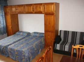 Dormitorio6-Apartamentos-Cims-Pas-3000-PAS-DE-LA-CASA-Estación-Grandvalira.jpg