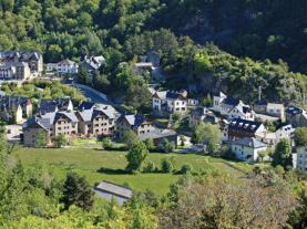 Escarrilla vista aérea ESCARRILLA Aragonese Pyrenees Spain