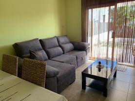 salon-comedor_2-villa-casa-paco-3000roda-de-bara-costa-dorada.jpg