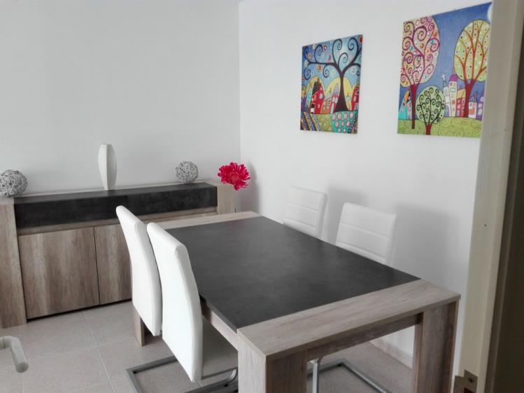 Salón comedor Apartamentos Benicasim 3000 Benicasim