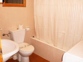 Baño-Apartamentos-Hibiscus-3000-ALCOCEBER-Costa-Azahar.jpg