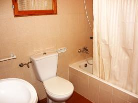 Baño1-Apartamentos-Hibiscus-3000-ALCOCEBER-Costa-Azahar.jpg