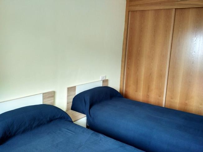 dormitorio_7-apartamentos-foz-3000foz-galicia_-rias-altas.jpg