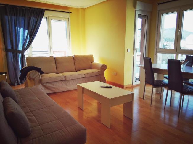 salon-comedor_3-apartamentos-foz-3000foz-galicia_-rias-altas.jpg