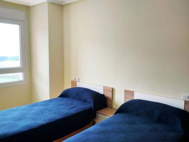 dormitorio_6-apartamentos-foz-3000foz-galicia_-rias-altas.jpg