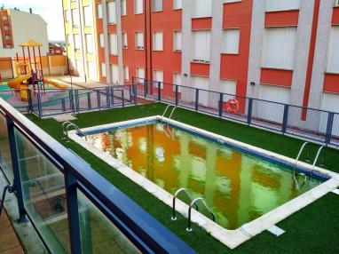 piscina-apartamentos-foz-3000-foz-galicia_-rias-altas.jpg