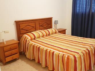 dormitorio-apartamentos-gandia-playa-de-l-ahuir-3000-gandia-costa-de-valencia.jpg