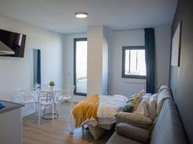 salon-comedor-4-apartamentos-santander-maliano-suites-3000maliano-cantabria.jpg