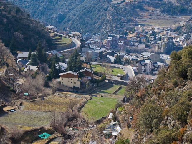 Vistas Andorre Autres secteurs SANT JULIÀ DE LÒRIA