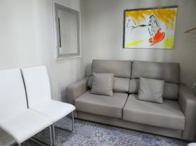 salon-comedor_3-apartamentos-mesones-18-3000granada-andalucia.jpg