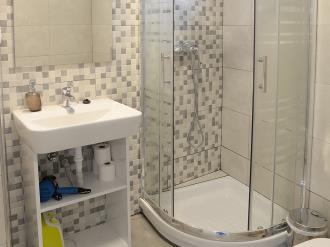 bano_4-apartamentos-mesones-18-3000granada-andalucia.jpg