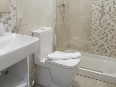 bano_3-apartamentos-mesones-18-3000granada-andalucia.jpg