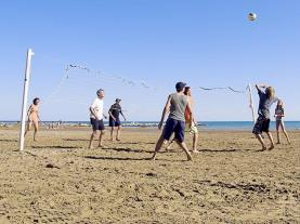 Voley Ball en la playa ALCOSSEBRE Costa del Azahar Spain