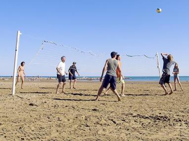 Voley Ball en la playa Spain Costa del Azahar ALCOSSEBRE