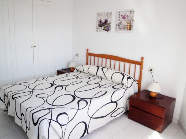 Dormitorio1-Apartamentos-Oropesa-Varios-3000-OROPESA-DEL-MAR-Costa-Azahar.jpg
