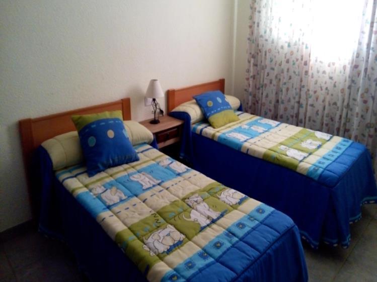 dormitorio_3-apartamentos-oropesa-varios-3000oropesa-del-mar-costa-azahar.jpg
