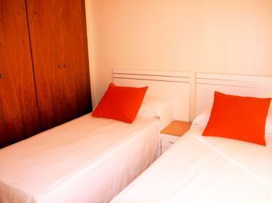 Dormitorio-Chalets-Bellamar-3000-ALCOCEBER-Costa-Azahar.jpg