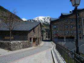 Soldeu pueblo SOLDEU Estación Grandvalira Andorra