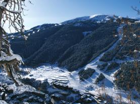 Vista aérea de Soldeu SOLDEU Estación Grandvalira Andorra