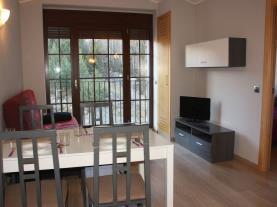 Salón1-Apartamentos-La-Pleta-3000-SOLDEU-Estación-Grandvalira.jpg