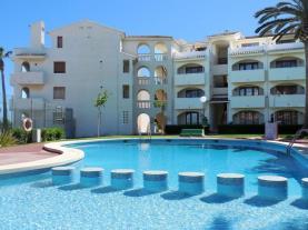 Piscina-Apartamentos-Playa-Romana-3000-ALCOCEBER-Costa-Azahar.jpg