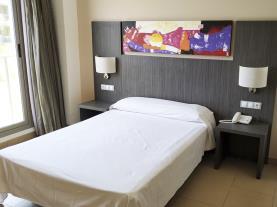 dormitorio_11-alcocebre-suites-hotelalcoceber-costa-azahar.jpg