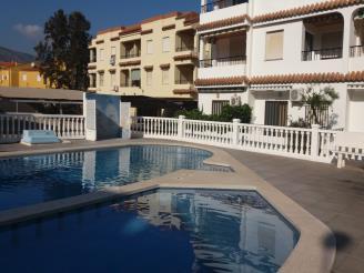 fachada-verano-apartamentos-entreplayas-3000-oropesa-del-mar-costa-azahar.jpg