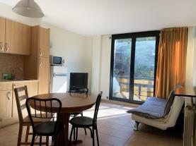 salon-comedor_9-apartamentos-canillo-ribagrossa-3000canillo-estacion-grandvalira.jpg
