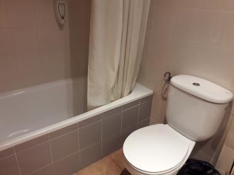 bano_5-apartamentos-canillo-ribagrossa-3000canillo-estacion-grandvalira.jpg