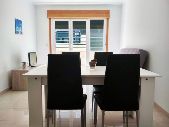salon-comedor_1-apartamentos-playa-de-la-lanzada-3000revolta,-a_-noalla_-sanxenxo-galicia_-rias-bajas.jpg