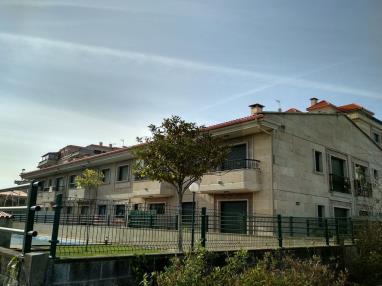 fachada-invierno-apartamentos-playa-de-la-lanzada-3000-revolta,-a_-noalla_-sanxenxo-galicia_-rias-bajas.jpg