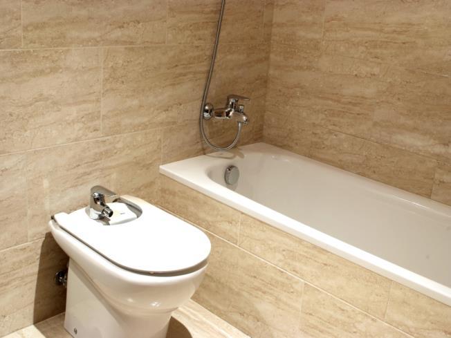 bano_1-apartamentos-canillo-les-moles-3000canillo-estacion-grandvalira.jpg