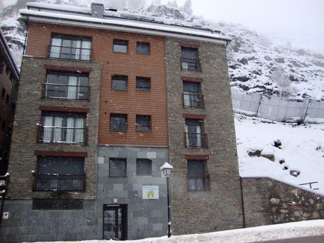Fachada Invierno Apartamentos Canillo Les Moles 3000 Canillo