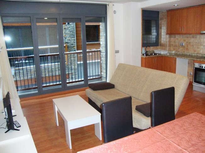 Salón comedor Apartamentos Canillo Les Moles 3000 Canillo