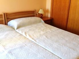 dormitorio-apartamentos-edison-3000-peniscola-costa-azahar.jpg