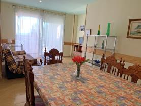 salon-comedor-1-apartamentos-edison-3000peniscola-costa-azahar.jpg