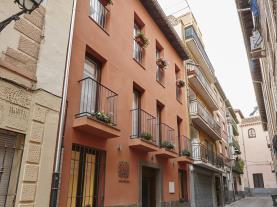 fachada-invierno-apartamentos-caballerizas-granada-3000-granada-andalucia.jpg
