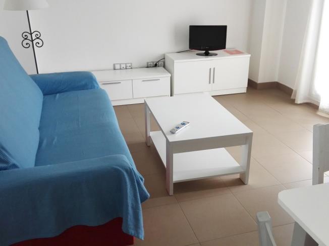salon-comedor-apartamentos-alcocebre-suites-3000-alcoceber-costa-azahar.jpg